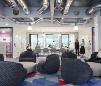 Ofislerde iç mimari çözümlerle akustik konforun sağlanması